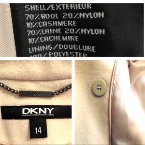 DKNY Jackets & Coats - DKNY Coat in Winter White Wool/ Cashmere Blend🌟